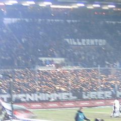 Wunderkerzen - Pyrotechnik FC St. Pauli - Foto: Cajarore @ flickr