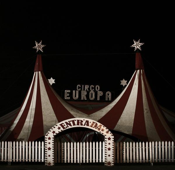 """Foto: H. Sánchez CC-Lizenz """"Circo Europa. Roquetas de Mar"""""""