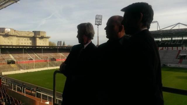 Fototermin im Millerntor Stadion