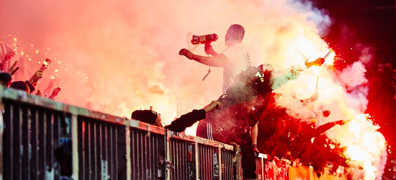 Bengalo-Halbzeit-Show am Millerntor #PyrotechnikFoto: Stefan Groenveld