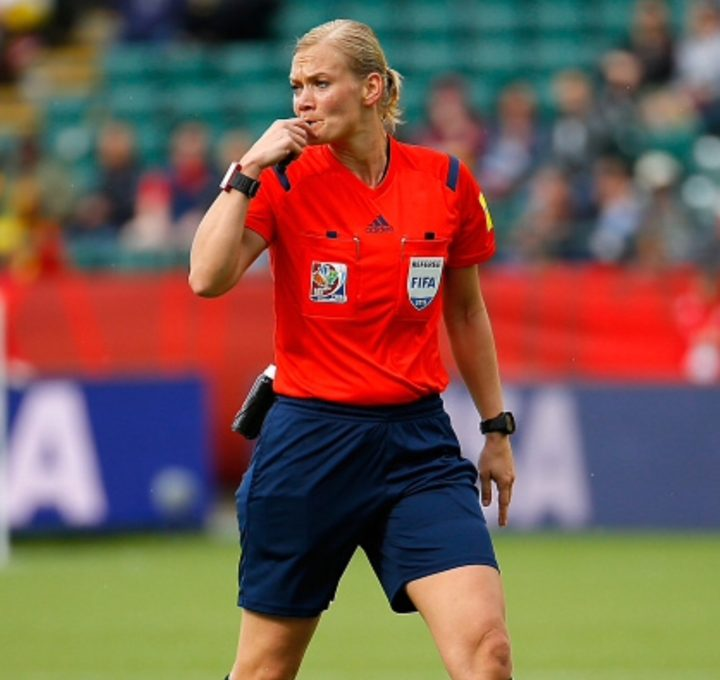 Referee Bibiana Steinhaus of Germany in action during the FIFA Women's World Canada 2015 Round of 16 match between China PR and Cameroon at Commonwealth Stadium on June 20, 2015 in Edmonton, Canada. (Photo by Kevin C. Cox/Getty Images)