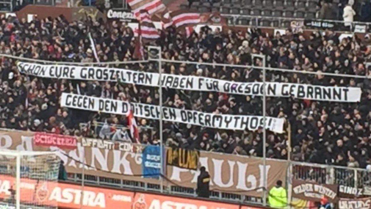 Bombenopfer-Transparent: Ultrà Sankt Pauli polarisiert
