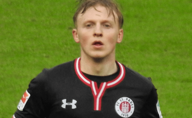 Mats Möller Daehli im Trikot des FC St.Pauli